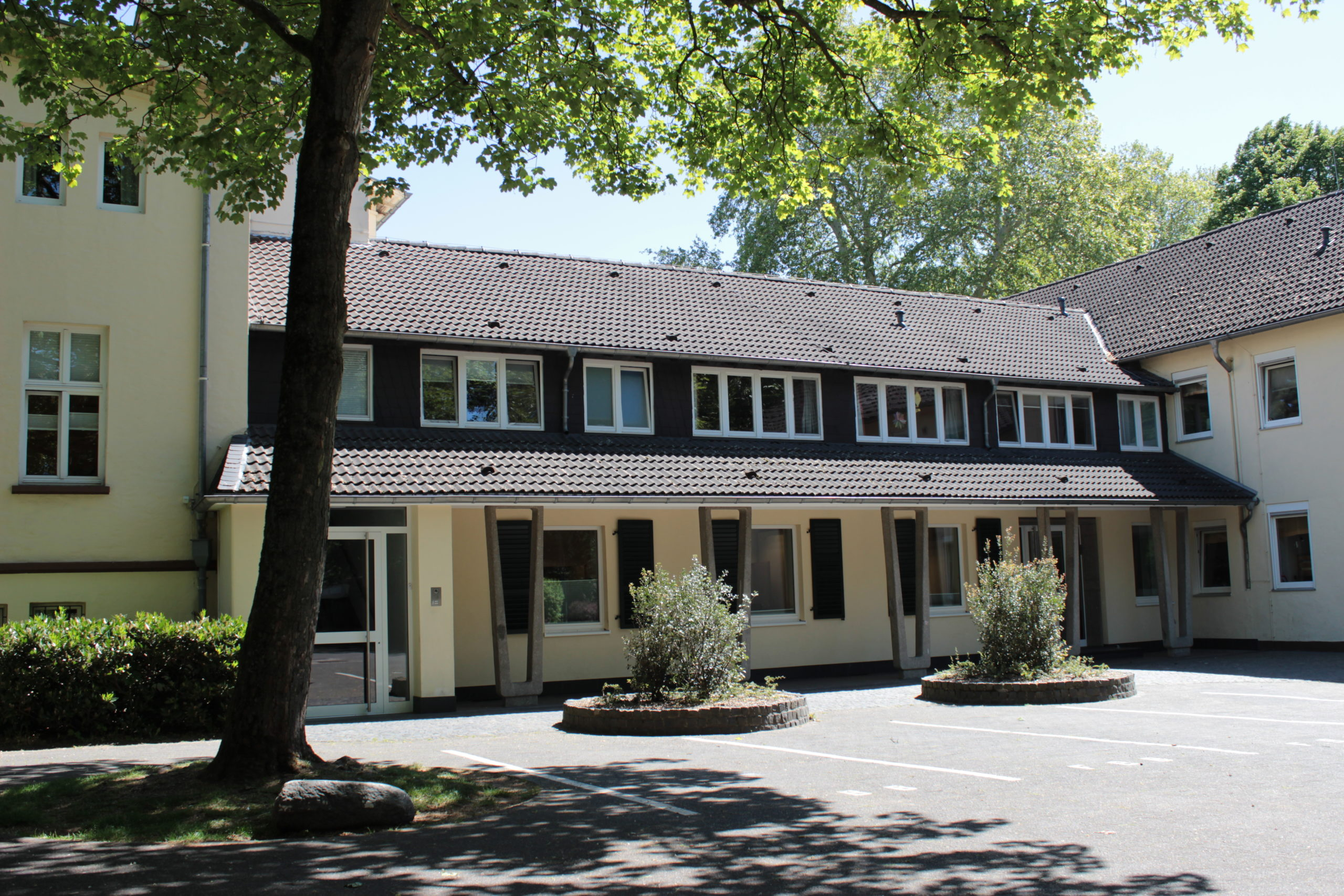 Presse Bockum life: 22 Tablets für das Kinderheim Kastanienhof